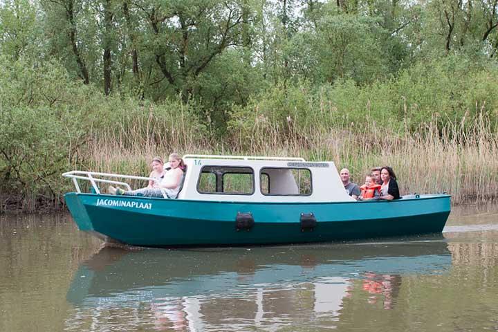 Kajuitboot huren Biesbosch